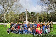 Bs De Heindert naar War Cemetery Mierlo Laarbeek Herdenkt en Viert