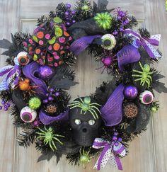 Halloween Wreath, Spooky Wreath, Happy Halloween, Skull, Spider, Eyeball, Creepy, Halloween Décor, 24 inch, Extra Large by SilvaLiningDesigns on Etsy