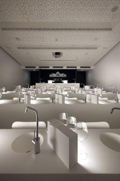 Sala de catas profesional en Bodega Irius www.ghbarbastro.com