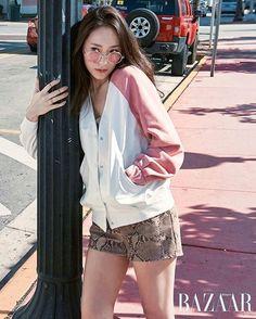 Krystal // f(x) Fashion Poses, Pop Fashion, Fashion Brand, Girl Fashion, Krystal Fx, Jessica & Krystal, Jessica Jung, Krystal Jung Fashion, Girls Generation