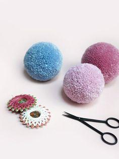 The BEST way to tie a pom pom / Pom Maker craft tutorial / tips for making perfect dense pom poms