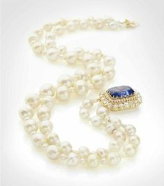 Necklace pearls, sapphire and diamonds