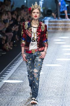 Dolce and Gabanna MFW Fall Ready-To-Wear