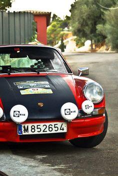 classic Porsche 911 racing style