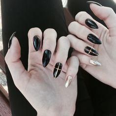 #nails #nail #manicure #stiletto #gothic