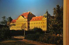 Wine Tour - Loucký klášter, Znojmo, South Moravia, Czech Republic #winetour #wine #travel German, Louvre, Building, Travel, Places, Deutsch, Viajes, German Language, Buildings
