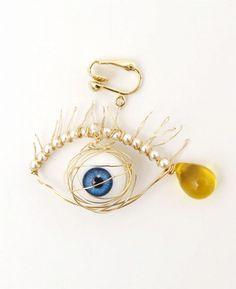 ahcahcum eye earring