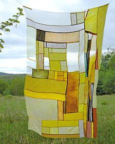 Open Studio: Thompson Street Studio experimental quilting workshop — New York Textile Month Textile Design, Textile Art, Quilting Projects, Art Projects, Art Studio Design, Textiles, Tapestry Weaving, Fabric Manipulation, Art Inspo