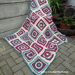 Ravelry: Octagon Flower Granny Square pattern by Joanita Theron Crochet Granny Square Beginner, Flower Granny Square, Granny Square Blanket, Basic Crochet Stitches, Granny Squares, Crochet Art, Free Crochet, Ravelry Crochet, Crochet Blocks