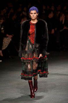 Défile Givenchy Prêt-à-porter Automne-hiver 2013-2014 - Look 17