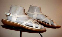 Women's BORN  White Leather Strappy Slingback Sandal Sz. 8 MINTY! #Born #Slingbacks
