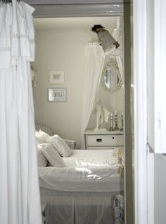 En gammal bild från då sovrummet låg i ett annat rum