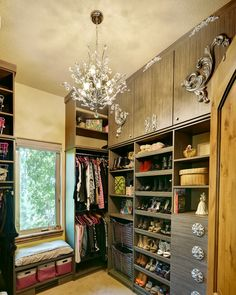 Small walk in closet ideas as well as organizer design to influence you. diy walk in closet ideas, walk in closet dimensions, closet organization ideas. Walk In Closet Ikea, Organizing Walk In Closet, Walk In Closet Design, Wardrobe Closet, Wardrobe Design, Closet Designs, Closet Storage, Closet Organization, Organization Ideas