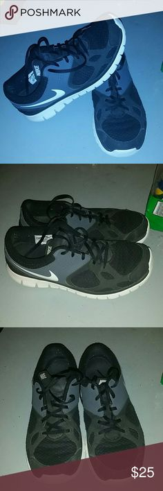 Men's Nike shoes Black men's Nike athletic shoes Nike Shoes Athletic Shoes