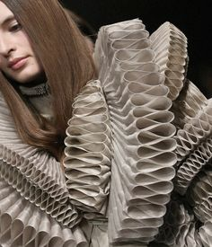 Givenchy Haute Couture spring/summer 2008 Repinned by www.fashion.net