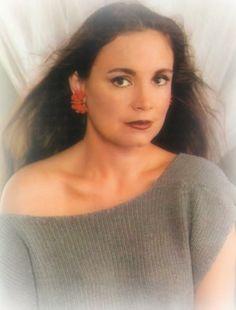 Divas Brasileiras - Regina Duarte - a namoradinha do Brasil