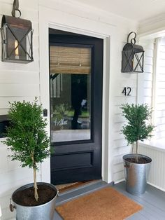 Outdoor living, outdoor decor outdoor lights, lighting, wall lights, front door, plants, front porch, home, house number, rugs, plants, farmhouse, rustic, diy home decor, decor, trees, garden , outdoor living #afflink
