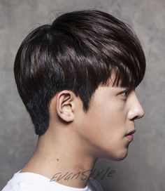 Two Block Haircut, Korean Men Hairstyle, Le Male, White Picture, Haircuts For Men, Asian Men, Korean Actors, Pixie, Black And White