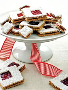 #holiday recipe  Cranberry Orange Linzer Cookies>> http://www.hgtv.com/handmade/25-homemade-holiday-food-gift-recipes/pictures/page-3.html?soc=pinterest