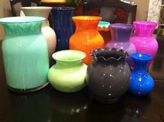Paint your vase in your favorite color – DIY project