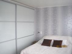 Liukuovet Decor, Furniture, Home Decor, Bathroom, Bed, Bathtub