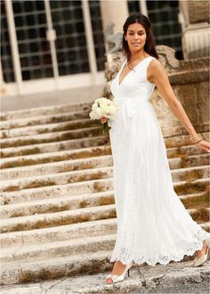 Menyasszonyi/ünnepi kismama ruha • gyapjúfehér • bonprix áruház Elegant, One Shoulder Wedding Dress, Marie, Wedding Dresses, Style, Fashion, Stages Of Pregnancy, White Lace, Complete Outfits