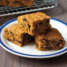 Spiced Pumpkin Cake-if   you can find the blondie mix,this cake is excellent!