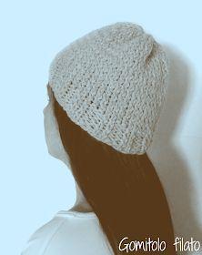 17 fantastiche immagini su Cappelli di lana ai ferri  9ed389e0a2b8