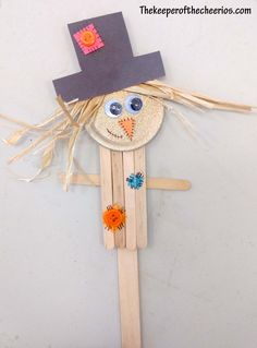 Scarecrow Popsicle Stick Craft - The Keeper of the Cheerios Cheap Fall Crafts For Kids, Fall Crafts For Toddlers, Easy Fall Crafts, Toddler Crafts, Toddler Activities, Art For Kids, Children Crafts, Make A Scarecrow, Scarecrow Crafts