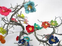 crochet fairy lights - Christmas Countdown day 13
