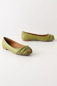 flats on Stylehive. Shop for recommended flats by Stylehive stylish members. Get real-time updates on your favorite flats style. Cute Shoes, On Shoes, Me Too Shoes, Green Flats, Green Wedding Shoes, Green Weddings, Leather Ballet Flats, Fashion Flats, Womens Flats