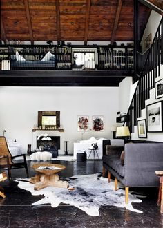 We have got 36 perfect loft interior design ideas for you! My Living Room, Home And Living, Living Spaces, Barn Living, Kitchen Living, Modern Living, Living Area, Home Interior, Interior Architecture