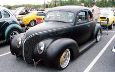 Homebuilt Hot Rods 1938 Ford Deluxe Coupe