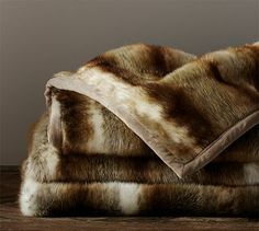 Faux Fur Throw - Brown Wolf