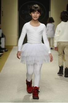 momolo.com red social  de #modainfantil  ➡️ #momolo  ⬅️ #kids #kidswear#streetstyle #streetstylekids #fashionkids #kidsfashion#niños #moda #fashion  momolo, street style kids, fashion kids, Pèpè