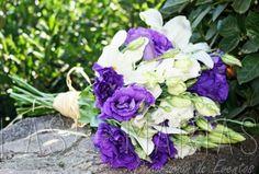 Las Marías Decoración es una empresa que diseña y confecciona la decoración más exquisita para el día del matrimonio. La compañía está compuesta por profesionales que se mezclan y aportan lo mejor de cada uno para entregar un servicio exclusivo y al
