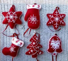 We gathered up Over 55 of the Best Diy Christmas decorations and Craft Ideas to share with you today! We gathered up Over 55 of the Best Diy Christmas decorations and Craft Ideas to share with you today! Handmade Christmas Decorations, Felt Decorations, Felt Christmas Ornaments, Diy Ornaments, Christmas Nativity, Beaded Ornaments, Diy Decoration, Christmas Balls, Christmas Projects
