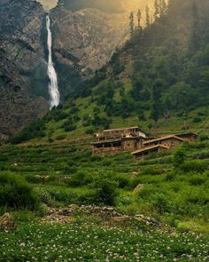 Swat Valley, located in the Khyber Pakhtunkhwa province of Pakistan is among the most beautiful places in the world. Pakistan Reisen, Pakistan Travel, Places To Travel, Places To See, Pakistan Pictures, Hunza Valley, Brunei, Azad Kashmir, Beautiful Landscapes