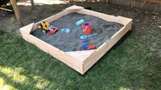We wanted to add a sandbox in the backyard for our son and his future brother. Wanting to avoid the blastic turtles of our youth, my wife and I decided to build a simple sandbox, complete with seating in the corners. Large Wooden Box, Wooden Boxes, Simple Sandbox, Sandbox Diy, Diy Teepee Tent, Soft Toy Storage, Backyard Movie Theaters, Outdoor Play Spaces, Diy Step By Step