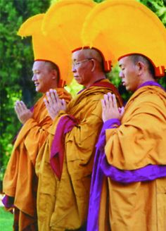 Monaci tibetani del tempio di Sera Je