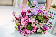 British cut flowers grown in Oxfordshire, UK by Green and Gorgeous, arranged into delightful seasonal bouquets delivered by next day post in water.