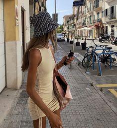 #blouse #blousemurah #dress #tunik #bajumurah #fashion #blousecantik #ootd #gamis #bajuraya #baju #kemeja #atasan #blousewanita #blousemuslimah #dressmurah #bajukurung #tunikmurah #hijab #skirt
