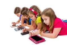 Could too much time on smarphones and tablets be negatively affecting your children? http://www.deliberatemagazine.com/tablets-smartphones-negatively-affecting-child-development/