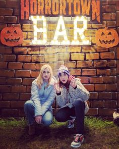 Rose and Rosie Rose And Rosie, Youtubers, Winter Jackets, Hipster, Couple Photos, Celebrities, People, Instagram, Ships