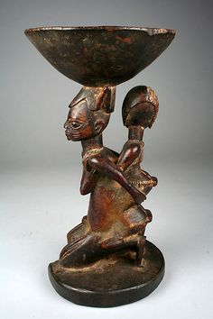 Ifa Divination Vessel: Mother and Child Caryatid (Agere Ifa) | Yoruba peoples, Oyo group | The Met