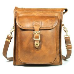 Correspondent bag of brown leather