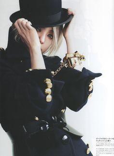Namie Amuro 安室奈美惠 @ 「GINZA」2011年12月號