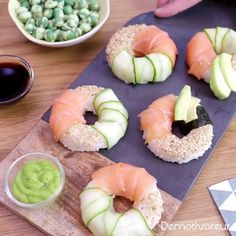 Sushi donuts - My WordPress Website Think Food, Love Food, Sushi Donuts, Sushi Cake, Donuts Donuts, Sushi Sushi, Sushi Rolls, Sushi Comida, Healthy Snacks