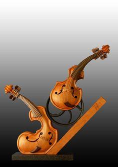 Another cool sculpture http://guillermsculptures.com/