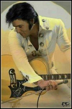 Elvis....Las Vegas 1970